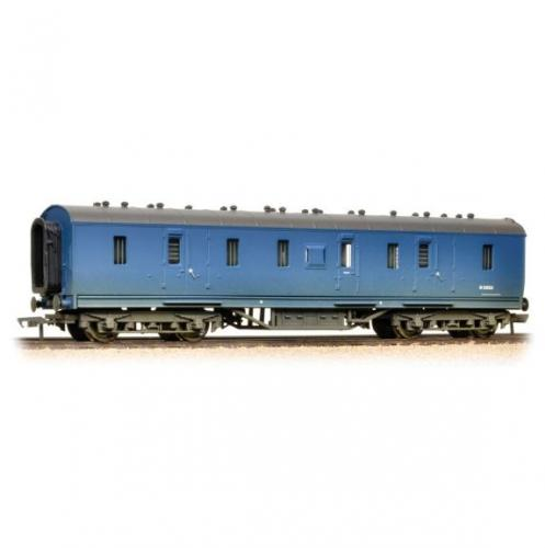 34-328A Bachmann 50ft Parcels Van BR Blue (weathered)