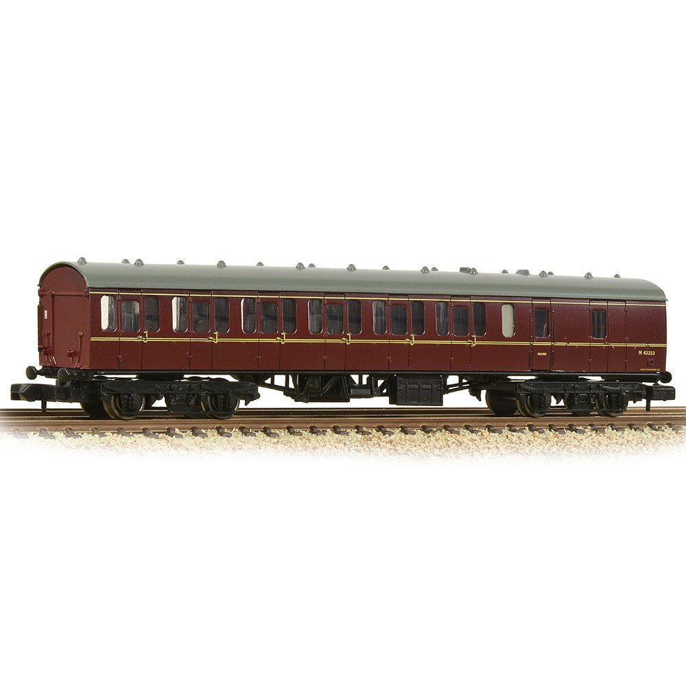 374-310C-Graham Farish-BR Mk1 57ft Suburban BS Brake Second BR Maroon