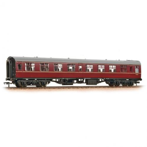 39-051E/J Bachmann BR Mk1 SO Second Open Maroon