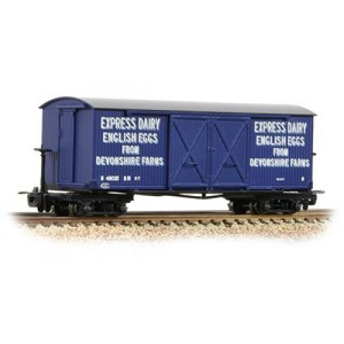 Bogie Covered Goods Wagon 'Express Dairy Company' Blue