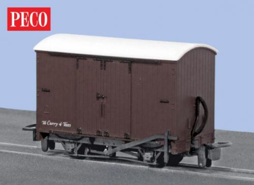 GR-221 Peco Box Van - SR Livery unlettered