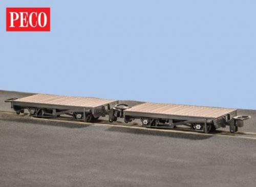 GR-300 Peco 4-wheel Flat Wagon (2)