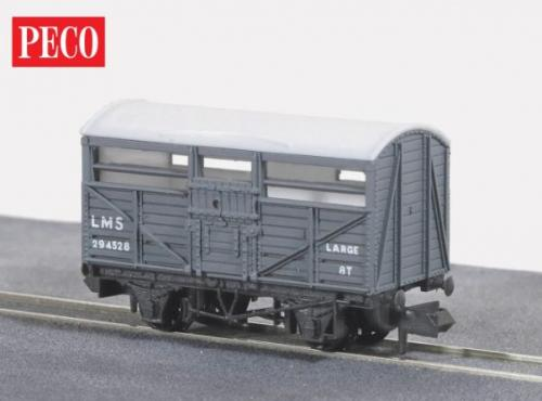 NR-45M Peco LMS Cattle Wagon