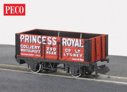 NR-P96 Peco Princess Royal 7 plank Wagon