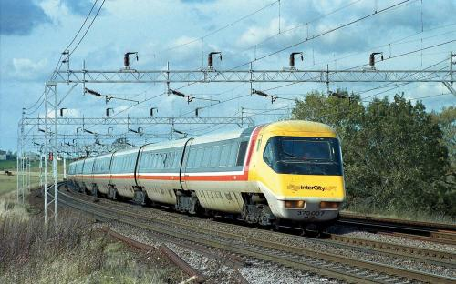 BR Class 370 Advanced Passenger Sets 370 003 & 370 004 5 car